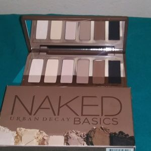 NIB URBAN DECAY NAKED BASICS PALETTE